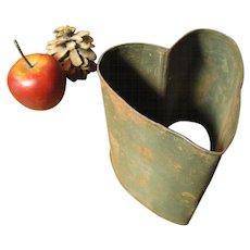 Wonderful Early Old Deep Tin Heart Mold