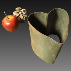 Wonderful Early Old Deep Tin Heart Mold