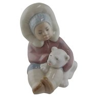 Lladro Figurine - Eskimo Child with A Polar Bear #1195