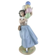 Lladro Figurine - Balloon Seller #5141