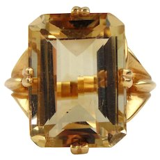 14kt Yellow Gold  Ladies Citrine Ring
