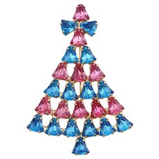 Vintage Dominique Christmas Tree Pin w/Blue & Pink Crystals
