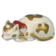 Big Japan Nemuri Neko Sleeping Cat Kutani