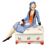 Elegant 20s-30s Woman Powder Box