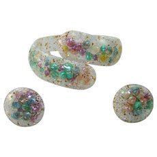 Vintage CONFETTI Bracelet Earrings Lucite Pastel Shells Clamper Bypass Set