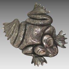 Vintage Silver Frog Brooch
