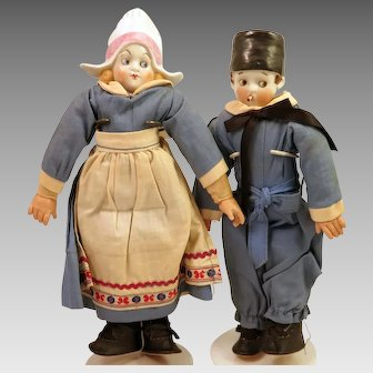 "Pair German Dutch China Dolls 9.5"""