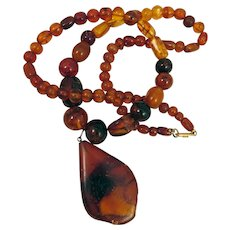 Vintage Natural Amber Necklace with Pendant