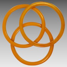 Vintage Set of 3 Butterscotch Bakelite Bangle Bracelets