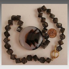 18 inch Agate Centerpiece Necklace with Crystal Cubes  and Toggle Clasp