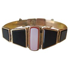 Gorgeous Antique Art Deco 14K Yellow Gold Onyx and Banded Carnelian Agate Bracelet