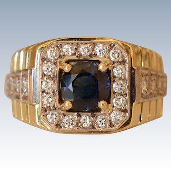 Luxurious 18K Yellow Gold Sapphire & 0.4 Ctw Diamond Signet Ring
