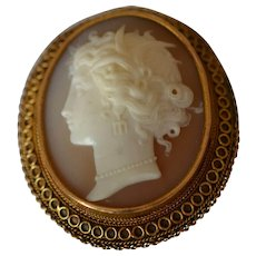 Victorian 14K Yellow Gold Agate Cameo Brooch Depicting Classical Women Profile Mounted in Gold