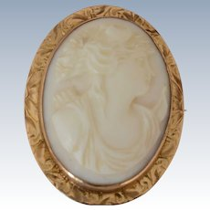 10K Yellow Gold Angel Skin Curved Cameo Brooch Profile of a Woman