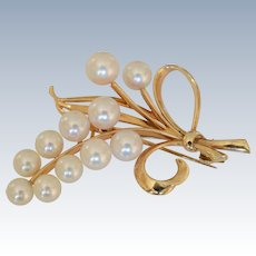 Mikimoto 14K Yellow Gold  Pearls Ribbon Loop Brooch Pin w/Original Box