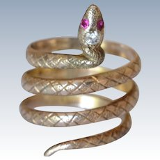 Antique 10K Yellow Gold Ruby Diamond Snake Ring