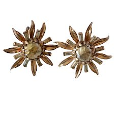 Beautiful Vintage Gold Tone Floral Rhinestone Clip On Earrings