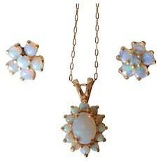 Lovely Vintage 14K Yellow Gold Opal Cluster Pendant and Stud Earrings Set