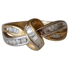 Lovely Vintage 10K Yellow & White Gold Diamond Twisted Ring