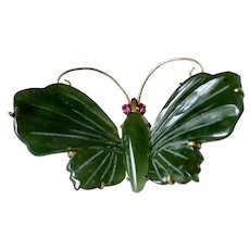 Vintage 14K Yellow Gold Carved Jade & Ruby Large Butterfly Brooch