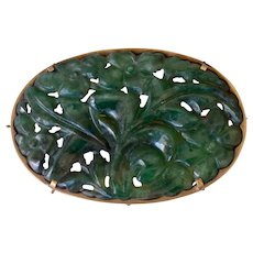 Large 14K Yellow Gold Carved Green Jade Chinese Brooch/Pin