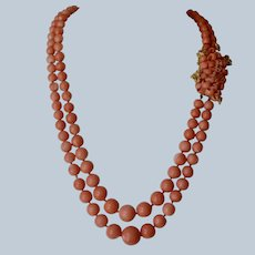 Sophisticated Barbara Anton 18K Yellow Gold Double Strand Graduated Retro Salmon Coral Necklace