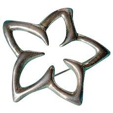 Tiffany & Co. Elsa Peretti 1996 Sterling Silver 925 Plumeria Flower Brooch w/Pouch