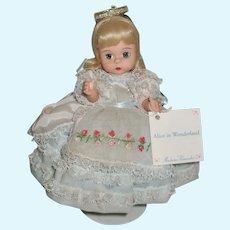 Madame Alexander Alice In Wonderland 1996