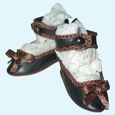 """Sweet Tiny 1 3/4"""" Artisan Made Doll Shoes"""