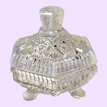 Fenton Hexagonal Trinket Box #9687 FO French Cream