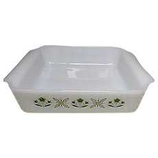"""Vintage Anchor Hocking - Fire King 8"""" Meadow Green Square Cake Pan"""