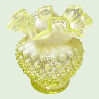 "Fenton #389-DC Ruffled Edge Topaz Opalescent Hobnail Vase 4.5"""