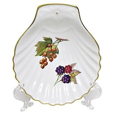 Royal Worcester - Evesham Gold - Fine Porcelain - Small Shell Serving Plate - Tray - Blackberries, Currants, or Gooseberries