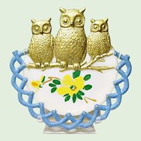 Westmoreland Specialty Co., Opal Glass Owl Plate Ca. 1901