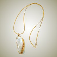 Necklace Gold Trim Shell Pendant with Chain