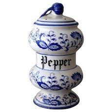 Vintage Arnart Blue Onion Pepper Shaker