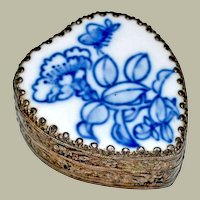Small Heart Shaped Porcelain Lid Shard Trinket Box