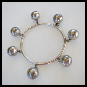 Sterling Silver Mexican Mid-Century Ball Charm Bangle Bracelet