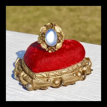 14k Gold Arts & Craft Era Large Moonstone Ring