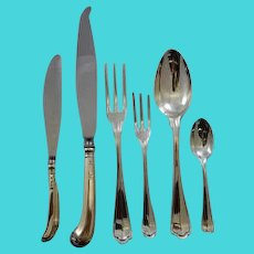 Italian 800 silver Saint Mark pattern flatware set for 12