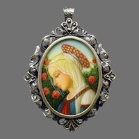 .800 Silver Hand Painted Portrait Pin / Pendant