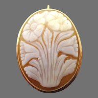 Oval 14 Karat Gold Genuine Shell Cameo Pin / Pendant w/Carved Flowers