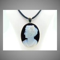 14 Karat Gold Large Genuine Natural Hard Stone Cameo Pendant