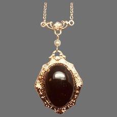 14K Garnet Cabochon Filigree Necklace