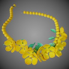 Yellow Bead Choker Necklace w Hanging Flowers