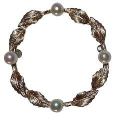Krementz 14k Leaf Circle Pin w Cultured Pearls