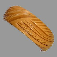 Art Deco Deeply Carved Butterscotch Bakelite Bangle Bracelet