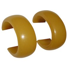 Light Butterscotch Bakelite Vintage Storestock Oval Hoop Post Earrings