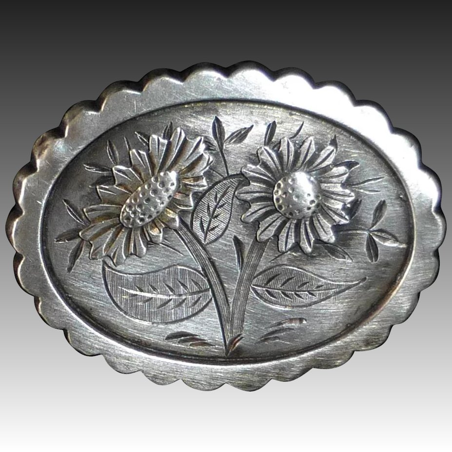 Antique Sterling Engraved Aesthetic Floral Design Pin