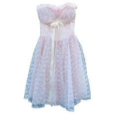 1950s Vintage Ruffled Pink & White Lace Prom Gown